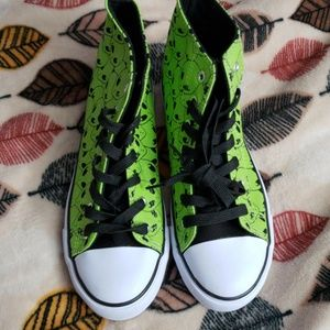 NWOT Hot topic alien head shoes